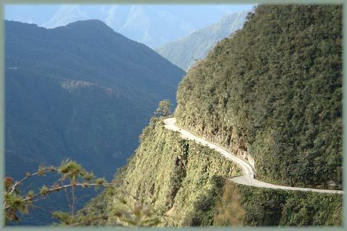 http://www.bourlingueurs.com/amerique-du-sud/fotos/bolivie_route_de_la_mort_19.jpg