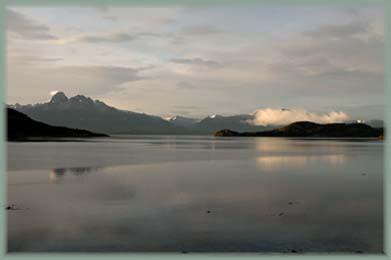 Les BOULINGUEURS..de la PLANETE.... Ushuaia_012